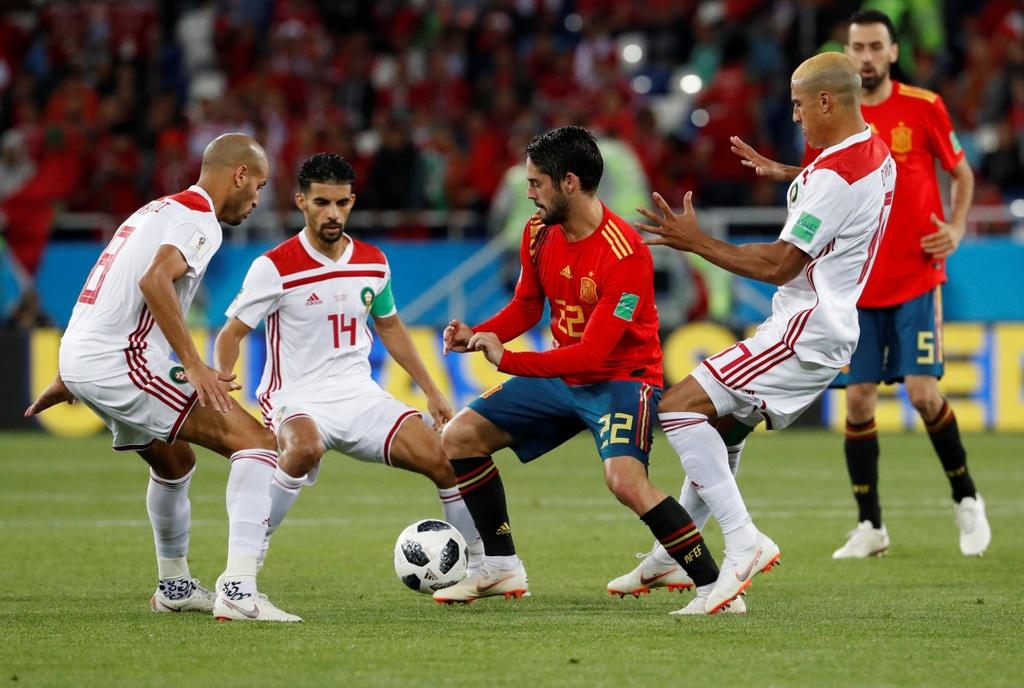 Vuot Ronaldo va Kane, Modric hay nhat vong bang World Cup 2018 hinh anh 6
