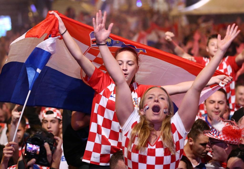 CDV Croatia xuong duong an mung chien tich lich su hinh anh 5