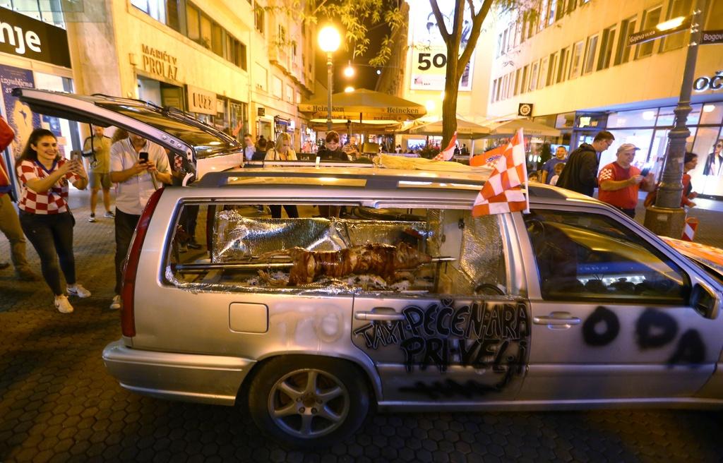 CDV Croatia xuong duong an mung chien tich lich su hinh anh 9