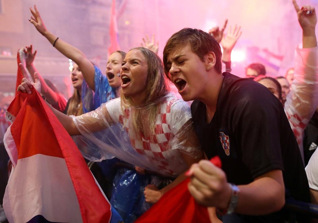 CDV Croatia xuong duong an mung chien tich lich su hinh anh 4