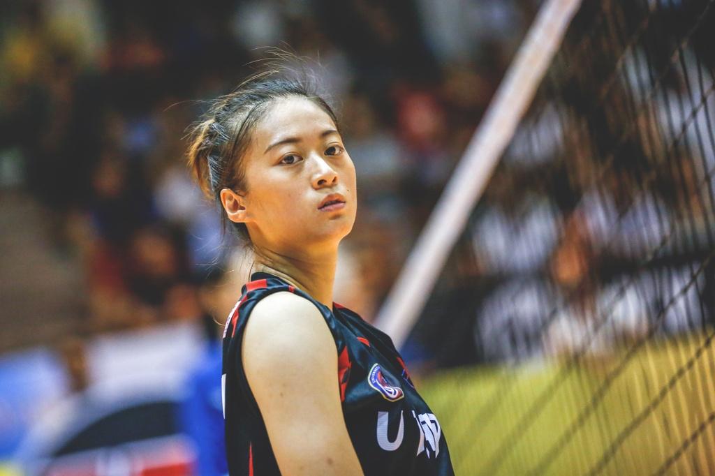 Nhung chan dai xinh dep khoe sac o VTV Cup 2018 hinh anh 1