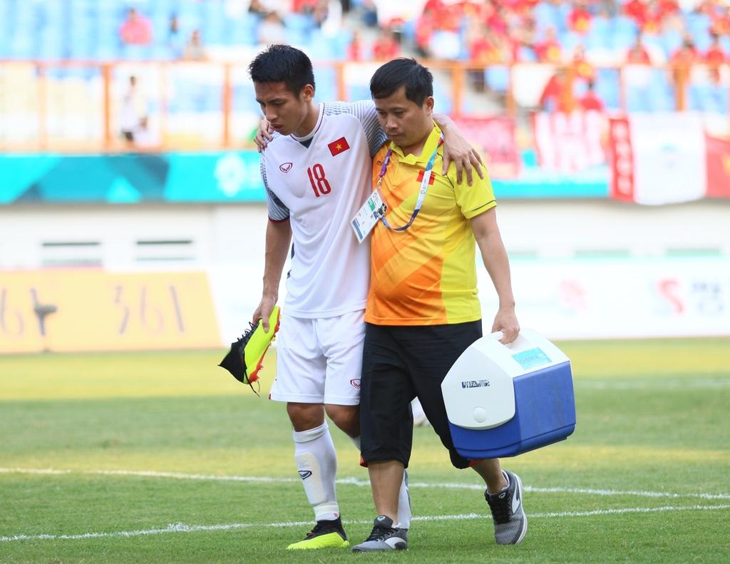 BLV Quang Huy: 'Olympic Viet Nam khong the chu quan truoc Bahrain' hinh anh 2