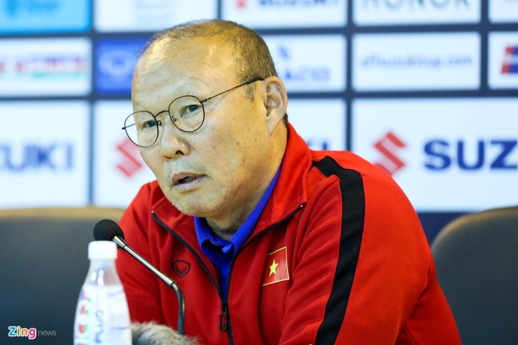 HLV Hoang Van Phuc: 'Thay tro ong Park se tan cong phu dau Campuchia' hinh anh 1