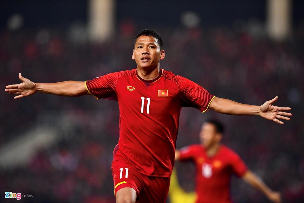 Nghich ly cua tuyen Viet Nam o Asian Cup: Tre nhat,  nhung ban linh dang ne anh 1