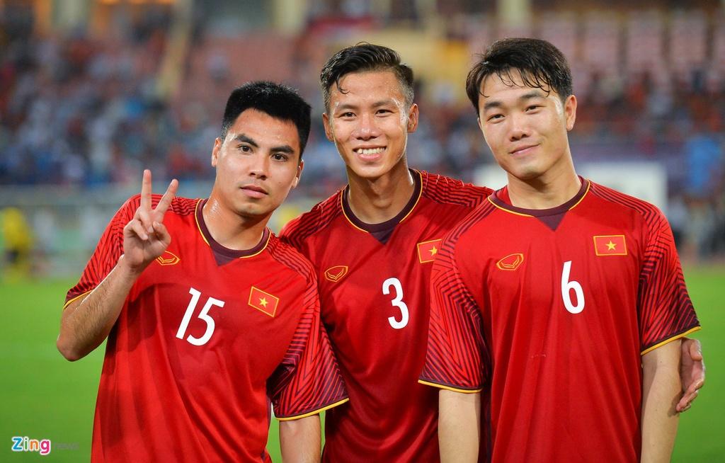 Nghich ly cua tuyen Viet Nam o Asian Cup: Tre nhat,  nhung ban linh dang ne anh 5