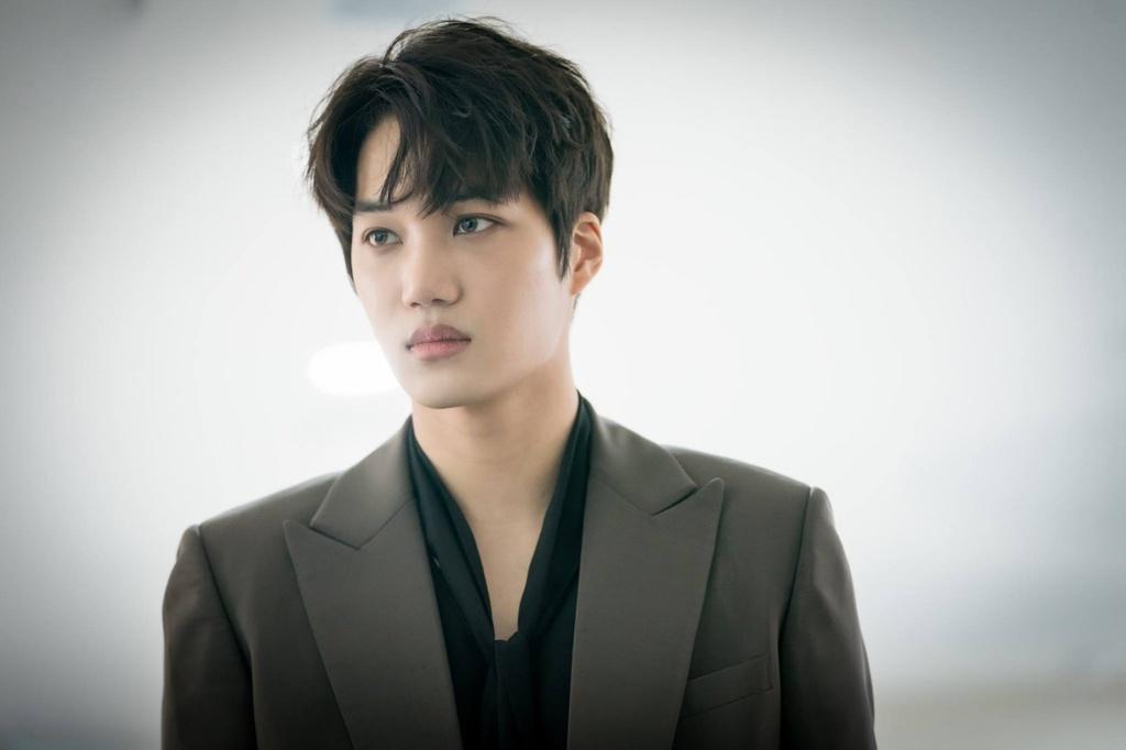 10 idol Kpop xuat than tu ngoi truong dinh be boi tan cong tinh duc anh 2