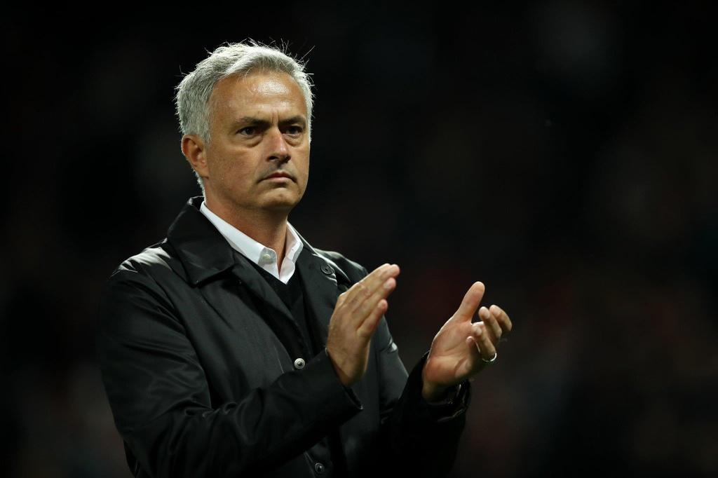 Mourinho va nhung ung vien dan dat Cristiano Ronaldo o mua toi anh 6