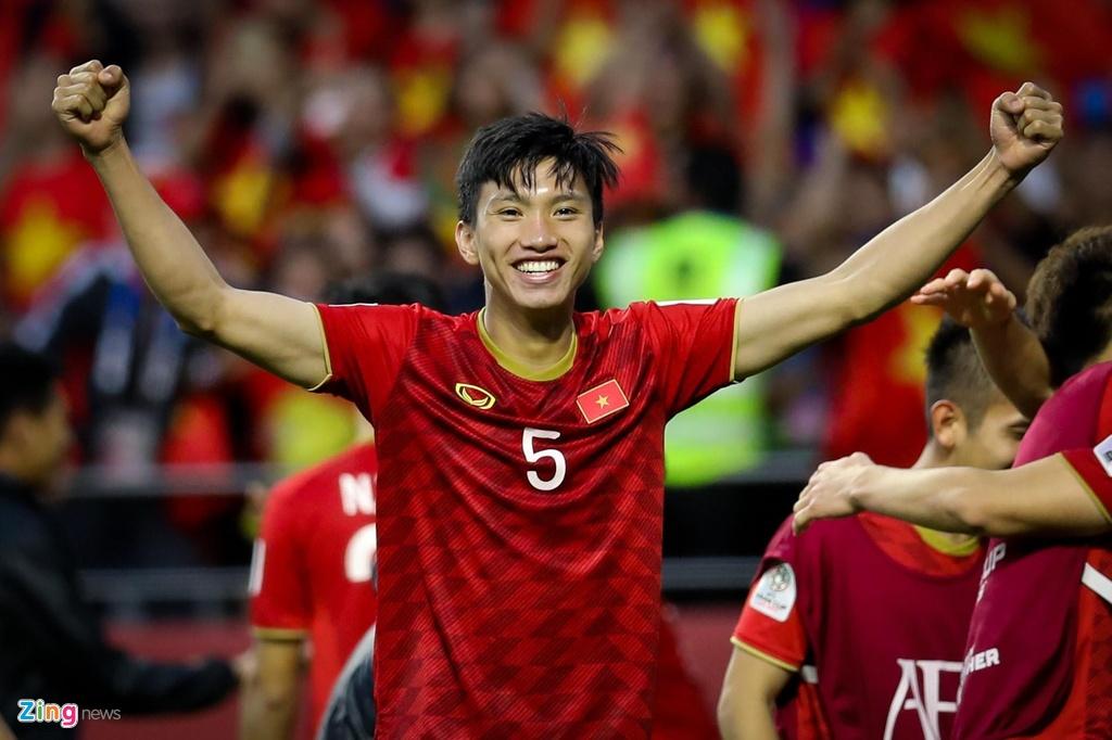 Quang Hai, Bacuna va nhung ngoi sao dang xem nhat King's Cup hinh anh 2