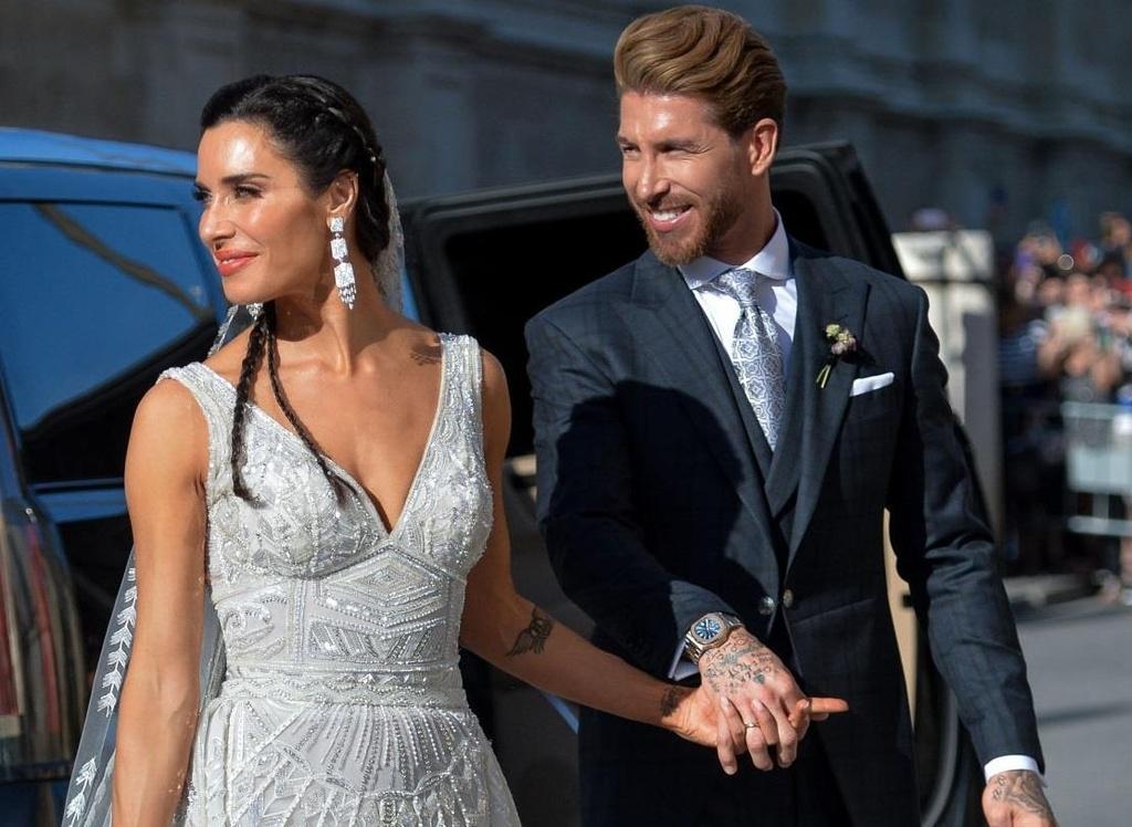 Vo chong Beckham, Roberto Carlos du dam cuoi cua Ramos hinh anh 1