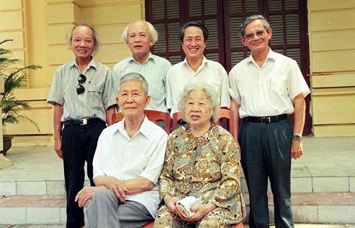 GS Ha Van Tan - than tuong cua nhieu the he hoc tro hinh anh 2