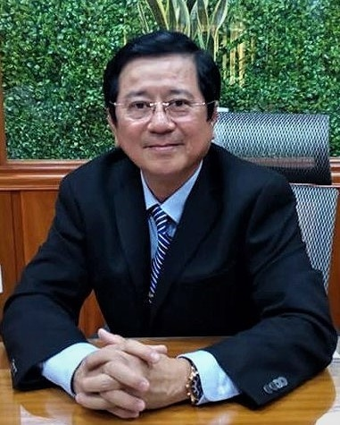 truong Viet Uc duoi hoc sinh anh 2