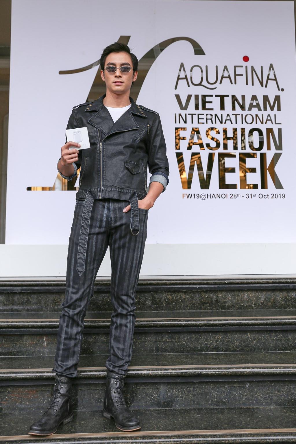 Nhung ban tre nao gianh giai street style tai pho Trang Tien? hinh anh 5