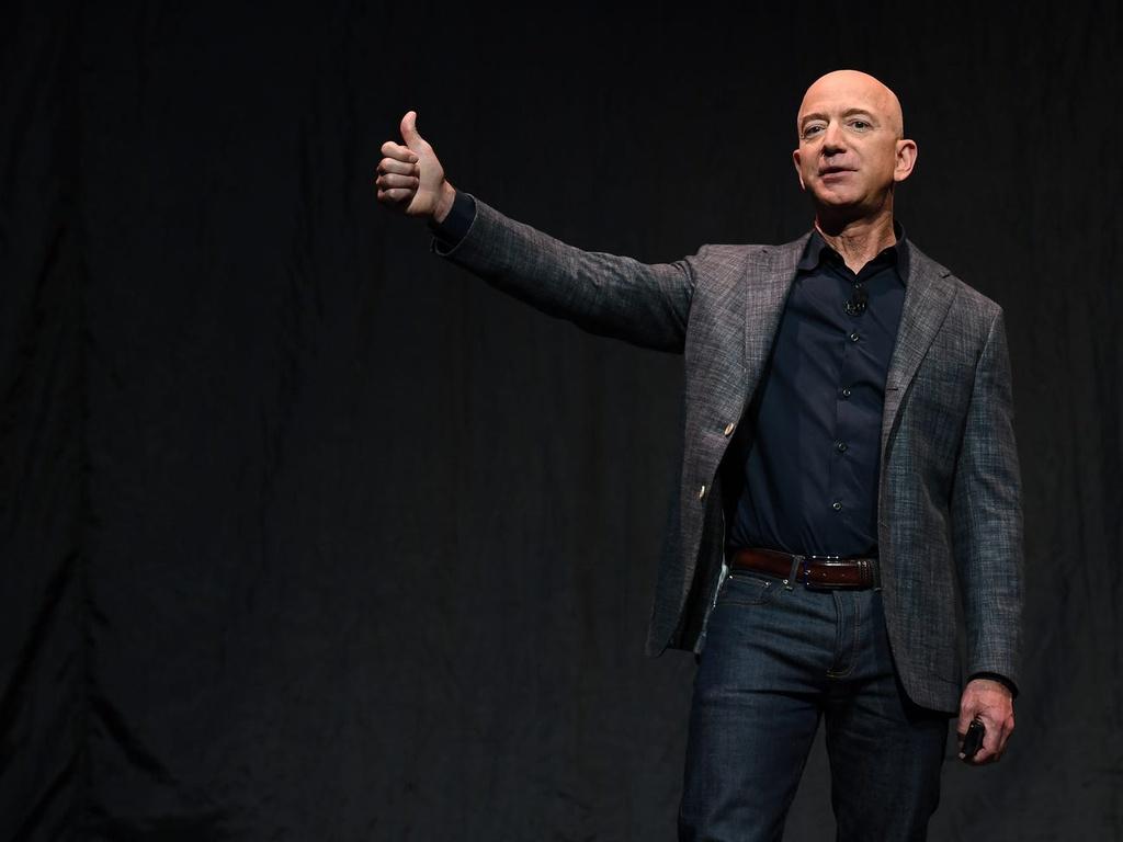 thong tin ve Jeff Bezos anh 1