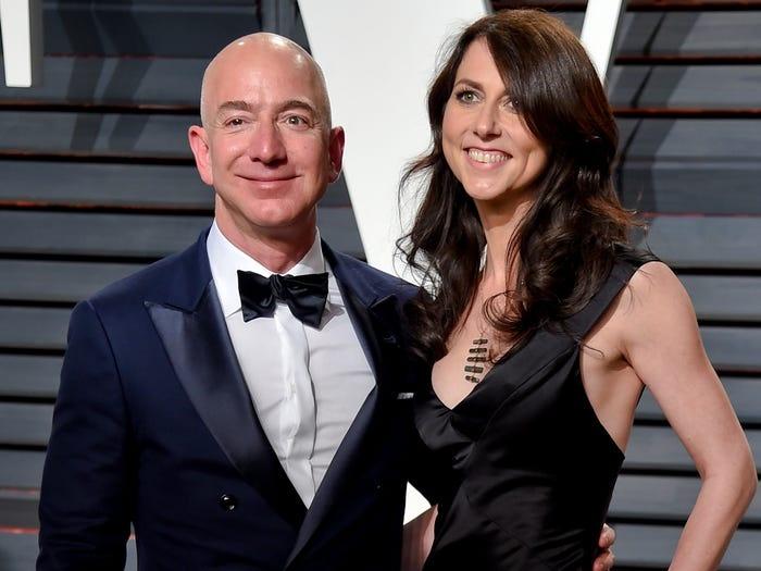 thong tin ve Jeff Bezos anh 13