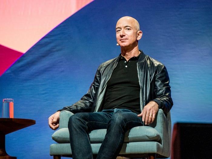 thong tin ve Jeff Bezos anh 10