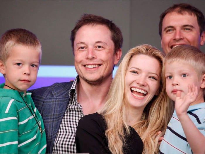 Elon Musk kiem tien anh 13