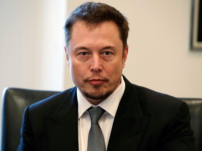 Elon Musk kiem tien anh 7