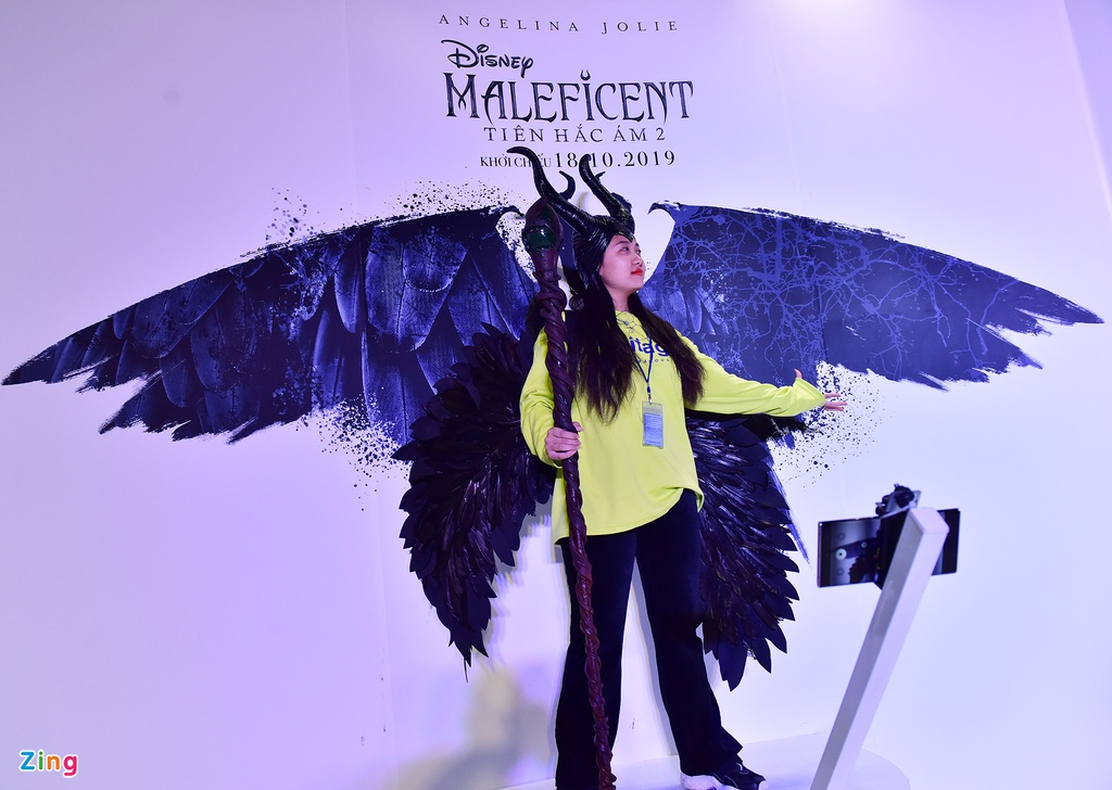 Khong phai Vo Dien, Tien hac am da chiem tron spotlight mua Halloween hinh anh 2