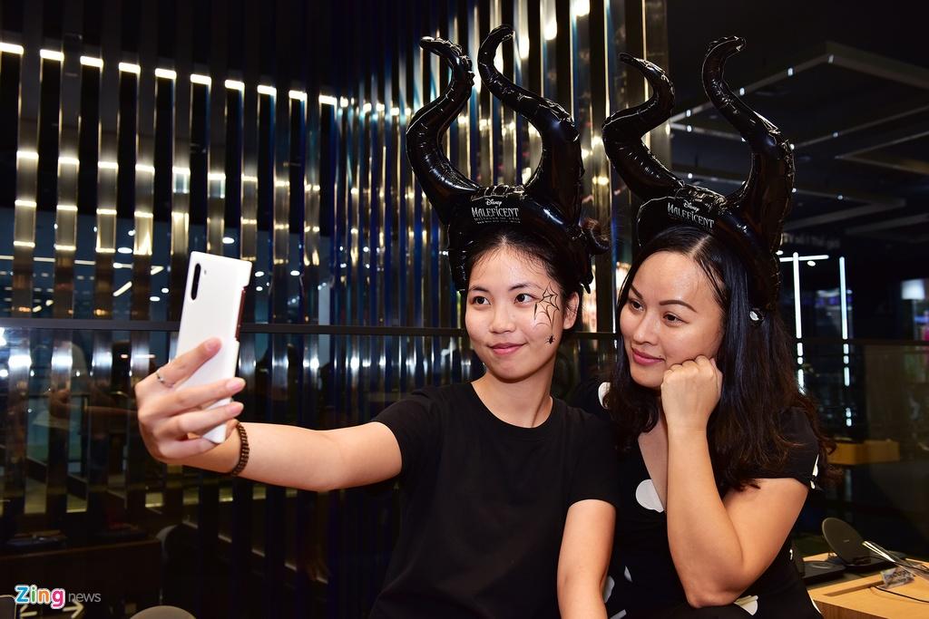 Khong phai Vo Dien, Tien hac am da chiem tron spotlight mua Halloween hinh anh 12