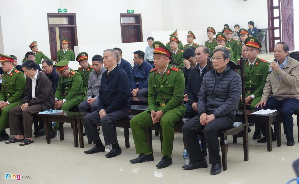 Nguyen Bac Son,  nhan hoi lo,  AVG,  Truong Minh Tuan,  nhan hoi lo 3 trieu USD,  thuong vu AVG,  Pham Nhat Vu,  Le Nam Tra,  MobiFone,  xet xu vu AVG anh 1