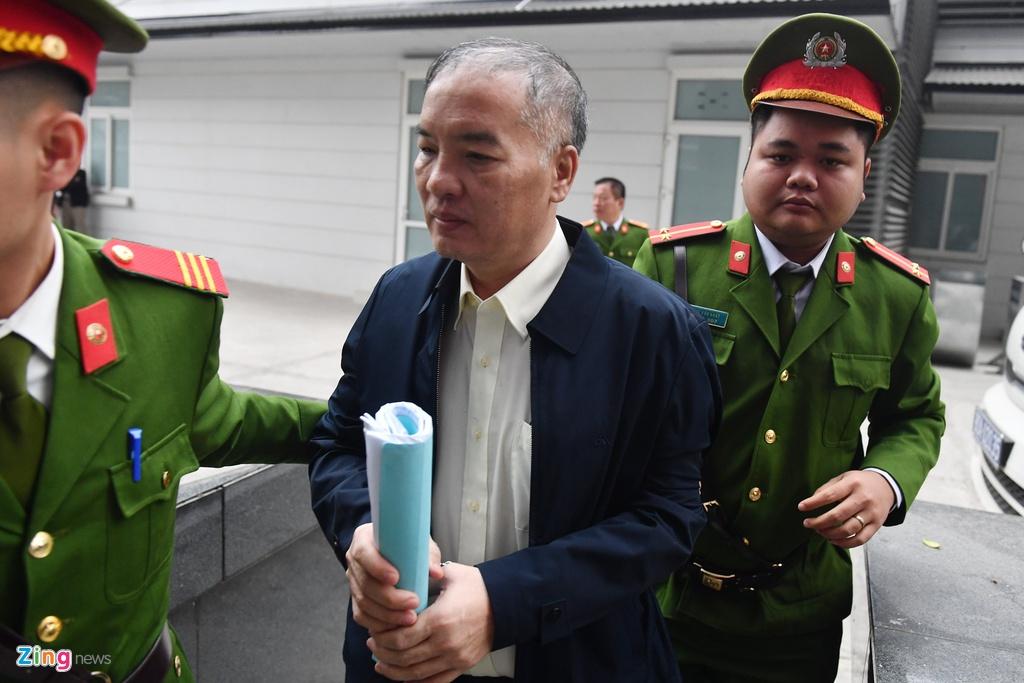 Nguyen Bac Son,  nhan hoi lo,  AVG,  Truong Minh Tuan,  nhan hoi lo 3 trieu USD,  thuong vu AVG,  Pham Nhat Vu,  Le Nam Tra,  MobiFone,  xet xu vu AVG anh 3