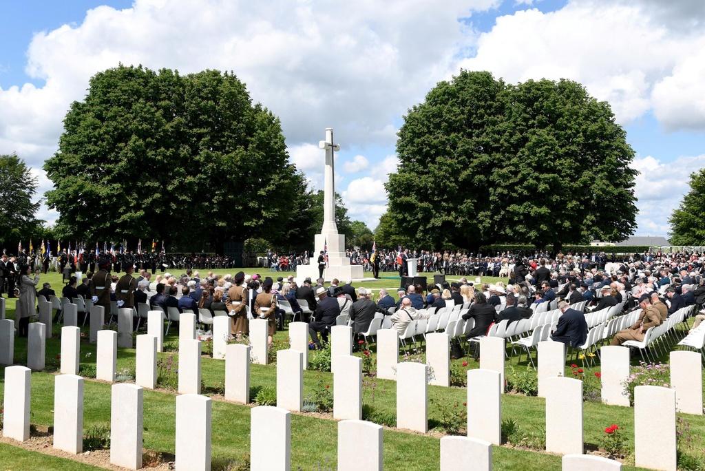 75 nam do bo Normandy - 'huyen thoai nay se khong bao gio chet' hinh anh 8