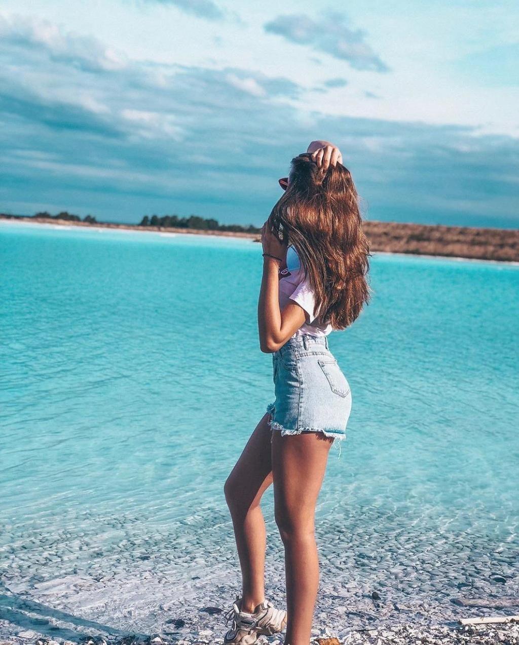 'Hot girl' Instagram khoe dang ben ho nuoc doc 'Maldives cua Nga' hinh anh 10