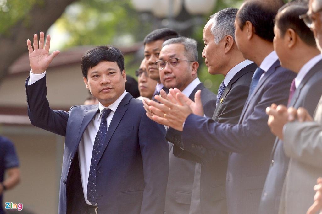 Le thuong co ASEAN va quoc ky Viet Nam anh 5