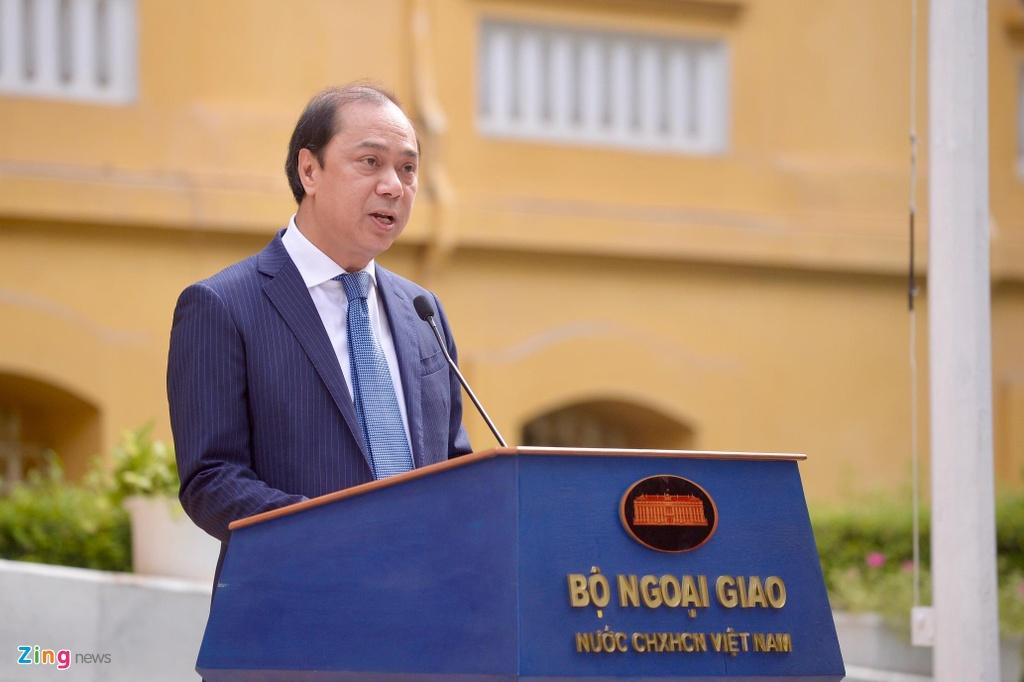 Le thuong co ASEAN va quoc ky Viet Nam anh 3