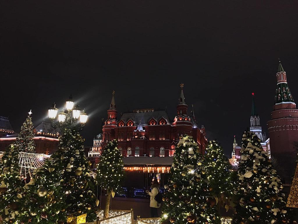 Moscow don giao thua trong mua dong nong nhat 140 nam hinh anh 11 image_31_12_20_02_11_7.jpeg