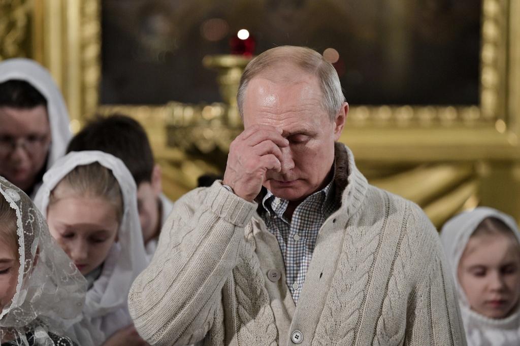 Tong thong Putin va tin do Chinh Thong giao don Giang sinh o Nga hinh anh 7 Screen_Shot_2020_01_07_at_14.05.45.jpg