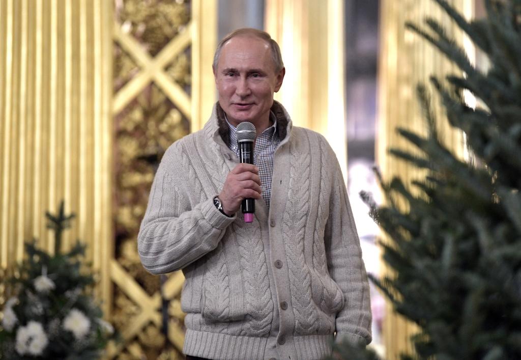 Tong thong Putin va tin do Chinh Thong giao don Giang sinh o Nga hinh anh 14 Screen_Shot_2020_01_07_at_14.07.35.jpg
