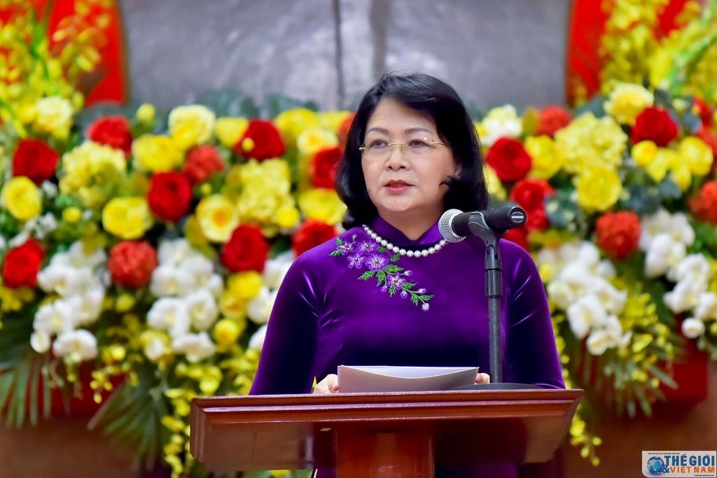 Viet Nam trao quyet dinh phong ham Dai su cho can bo ngoai giao hinh anh 2 trao_quyet_dinh_phong_ham_dai_su_cho_can_bo_ngoai_giao.jpg