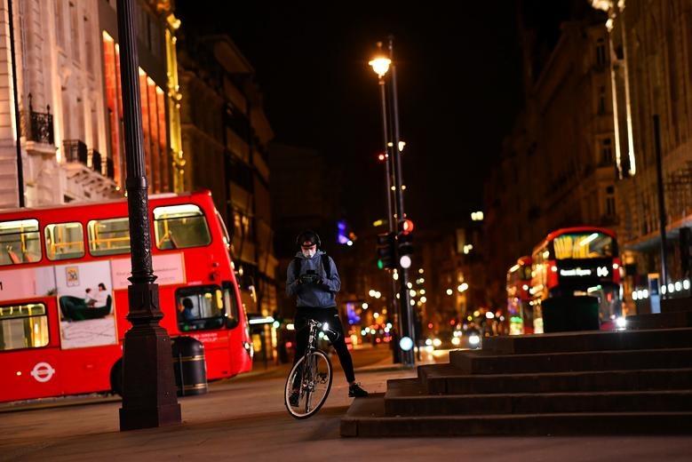 London duoi lenh phong toa anh 2