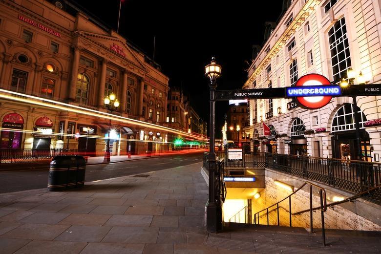 London duoi lenh phong toa anh 3