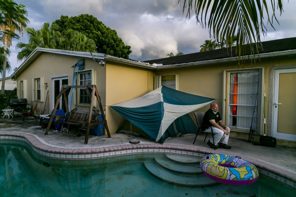 Covid-19 tang gap 5 lan o Florida anh 1