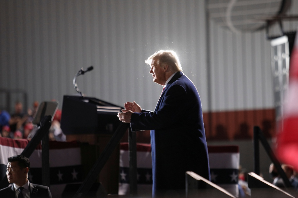 Tong thong Trump van dong tranh cu o Ohio anh 6