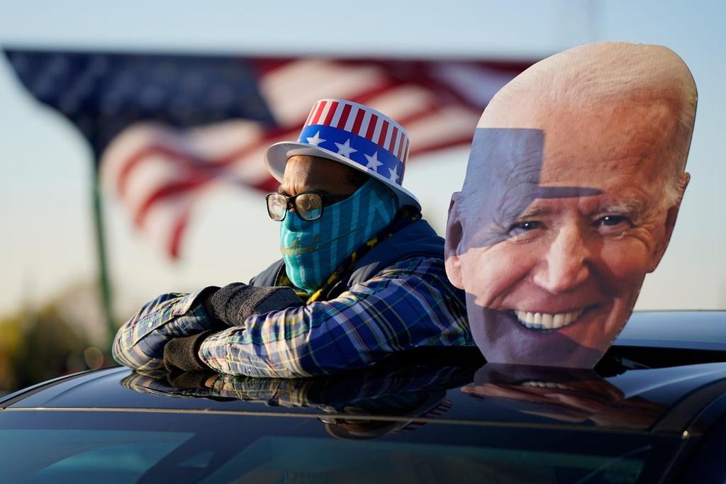 Ong Obama van dong cung ong Biden anh 9