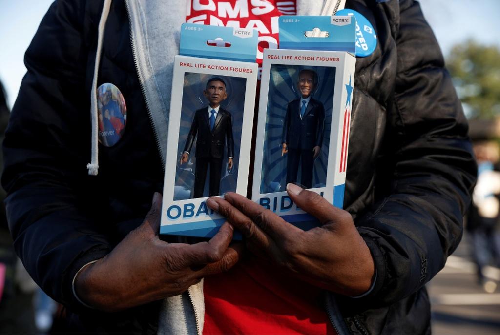 Ong Obama van dong cung ong Biden anh 4