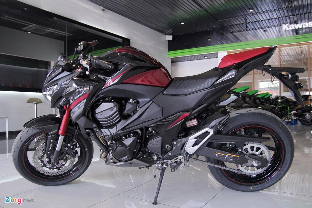 Kawasaki Z800 2016 mau do den dau tien ve VN, gia 275 trieu hinh anh 13