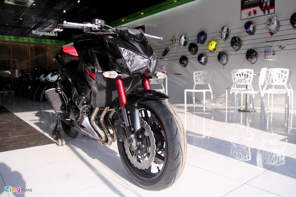 Kawasaki Z800 2016 mau do den dau tien ve VN, gia 275 trieu hinh anh 2