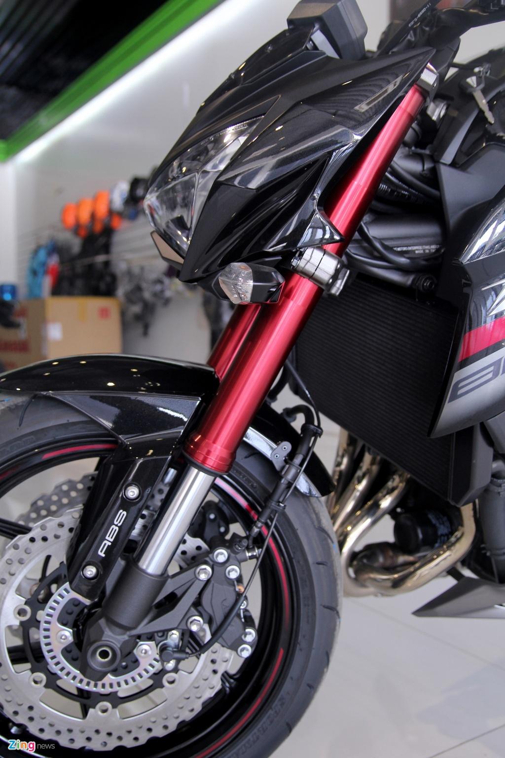 Kawasaki Z800 2016 mau do den dau tien ve VN, gia 275 trieu hinh anh 6