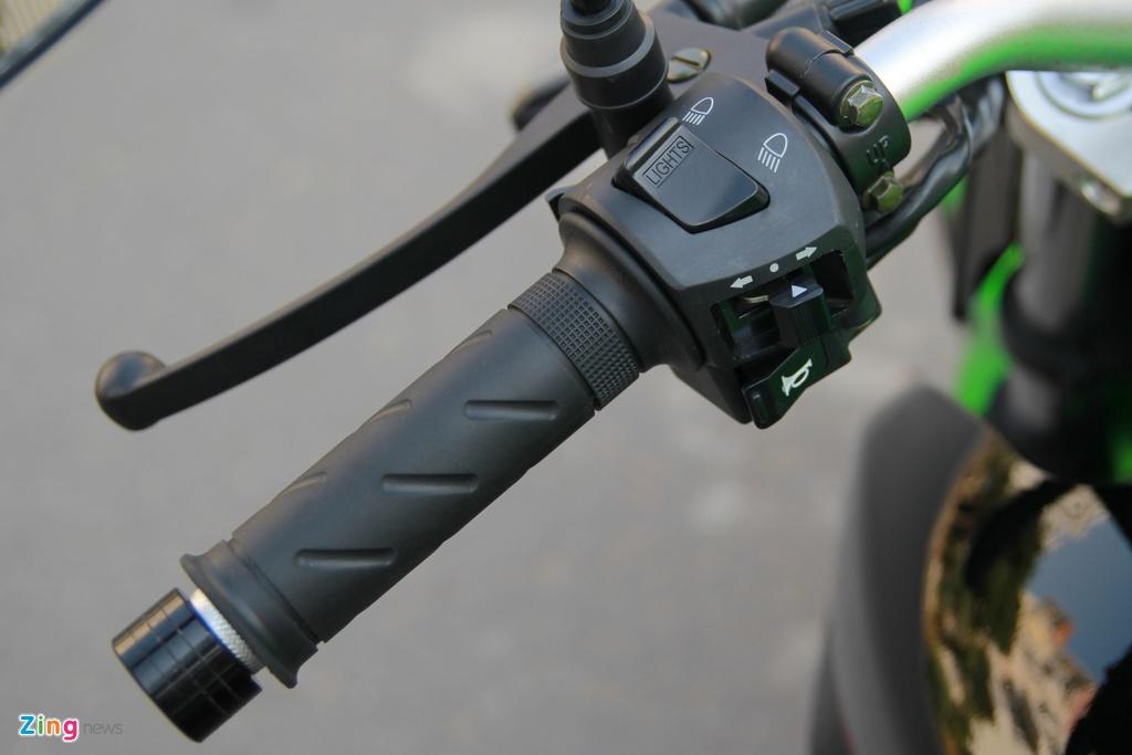Naked bike 320 phan khoi, gia 98 trieu moi ve Viet Nam hinh anh 15