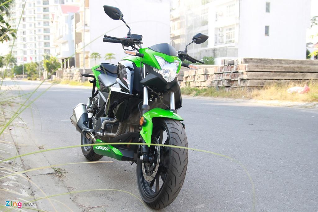 Naked bike 320 phan khoi, gia 98 trieu moi ve Viet Nam hinh anh 2