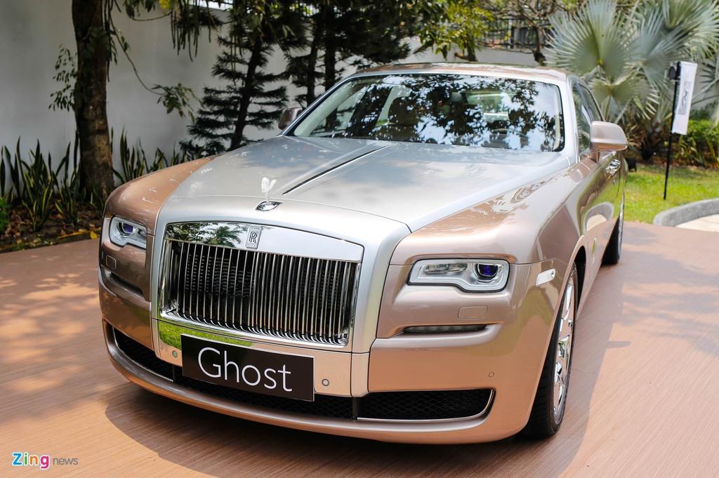 Rolls-Royce Ghost ban bespoke tren 24 ty ra mat tai Viet Nam hinh anh 18