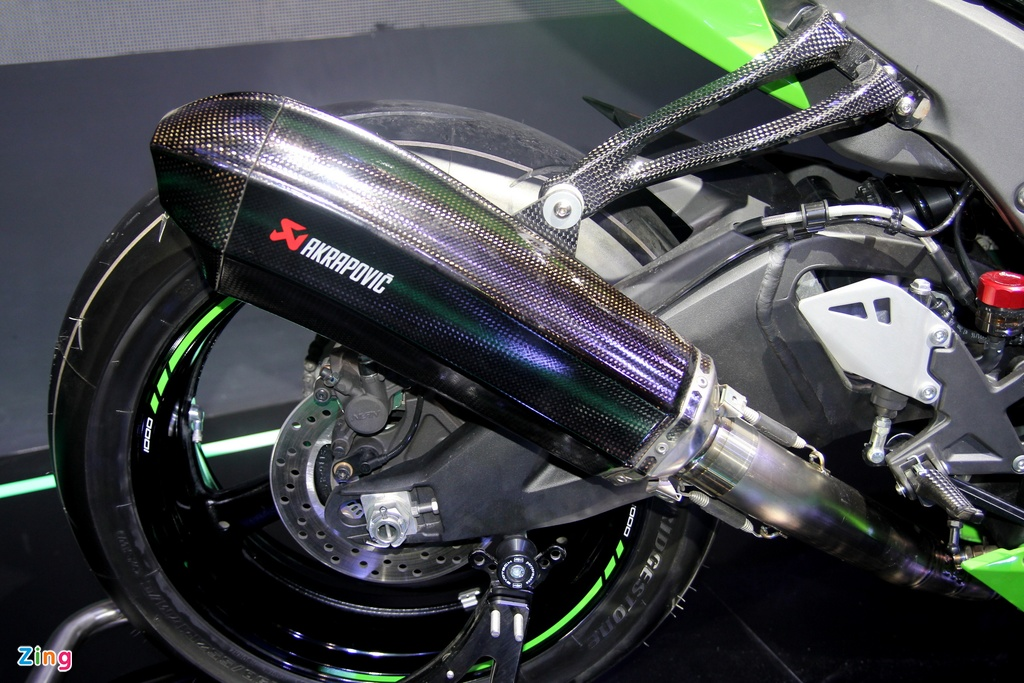 Sieu moto Kawasaki ZX-10R 2016 gia 549 trieu tai Viet Nam hinh anh 9