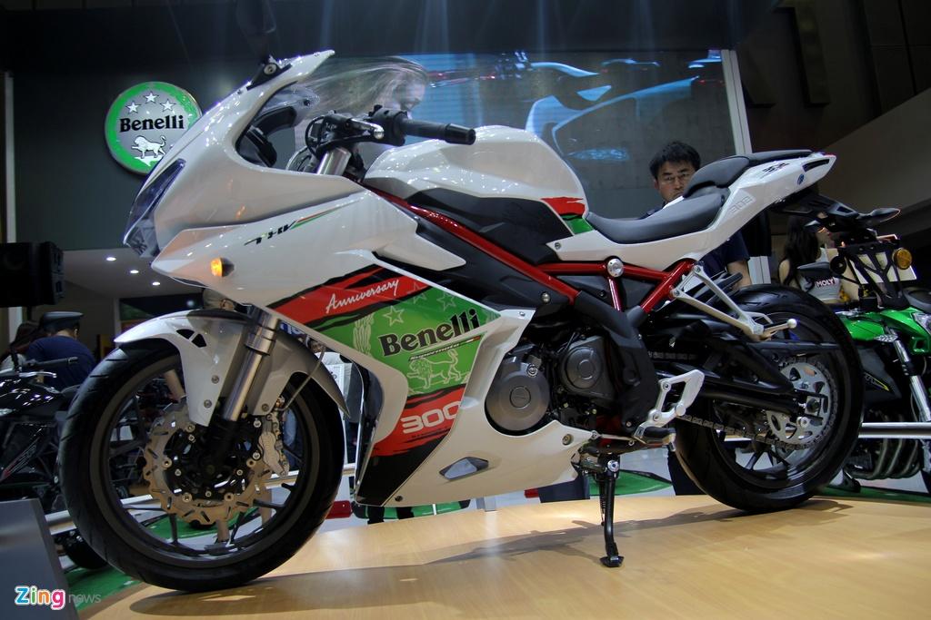 Benelli ra mat sportbike 300 phan khoi canh tranh Yamaha R3 hinh anh 1