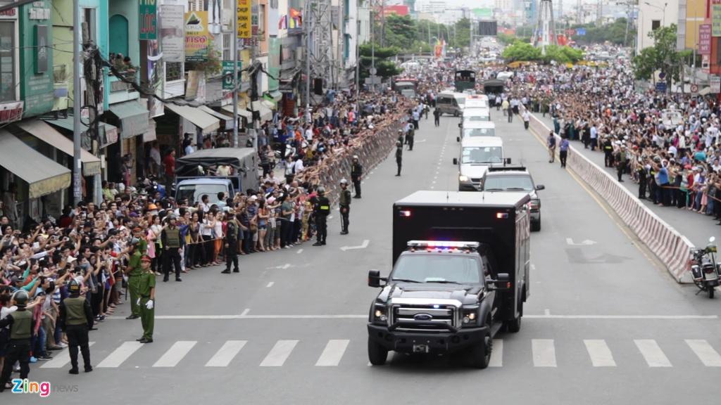 Chi tiet doan xe ho tong Tong thong Obama o Sai Gon hinh anh 11