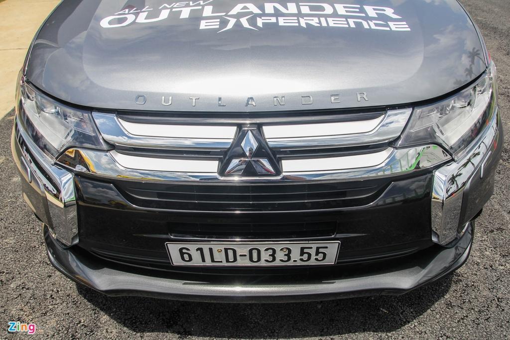Chi tiet Mitsubishi Outlander vua ra mat tai VN hinh anh 6