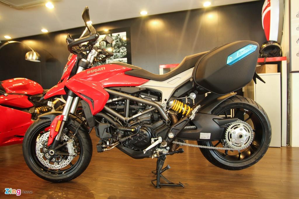 Ducati Hyperstrada 939 o Viet Nam anh 3